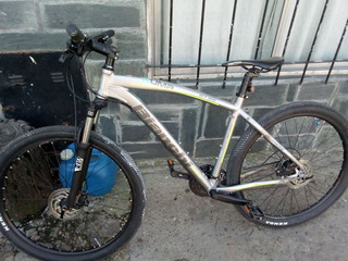 Bicicleta Bianchi Kuma 27.25 Talle L/48