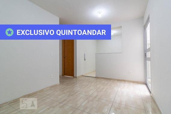 Apartamento No 1º Andar Com 2 Dormitórios E 1 Garagem - Id: 892951960 - 251960