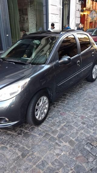 Peugeot 207 1.6 Feline 106cv 2013