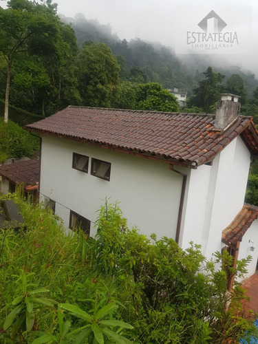 Imagem 1 de 15 de Casa 2 Andares Padrão Em Mosela - Petrópolis, Rj - 2428