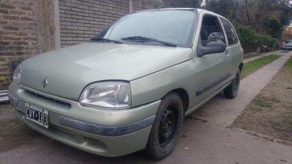 Renault Clio 1.6 Nafta