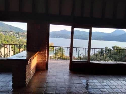 Casa En Renta En Valle De Bravo Vista Lago Zona Residencial
