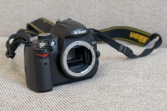 Nikon D5000 (corpo) - Muito Bem Conservada!