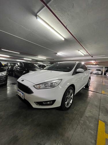 Ford Focus Iii 2.0 Se Plus Mt 2016 Sepautos