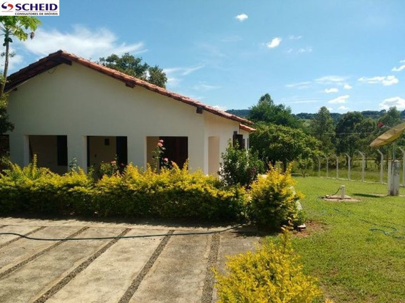 Sitio Com Duas Casas C/ 2 Dormitorios, Piscina, Churrasqueria. Aceita Permuta Em Imoveis Em Sp. - Mr56904