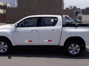 Necesito 1 Camioneta Toyota Hilux Srv Full Para Traslado