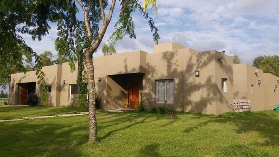 Casa En Alquiler En La Cesarina