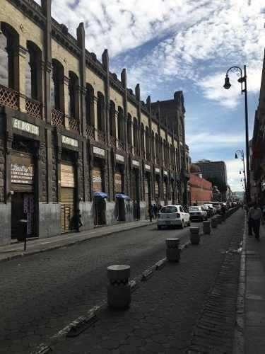 Traspaso Isla En Plaza Comercial En Centro Histórico Puebla