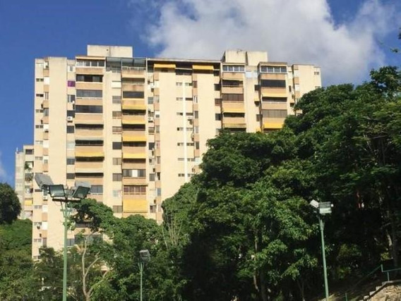 Apartamento En Venta Elena Marin Codigo- Mls #17-10286
