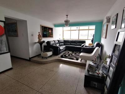 Apartamento En Venta Barquisimeto 20-5863 Jg