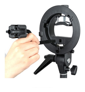 Bracket Godox P/ Flash Speedlite + Adaptador Para 4 Flashes