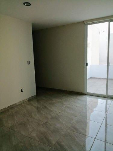 Casa En Condominio En Juriquilla, Querétaro