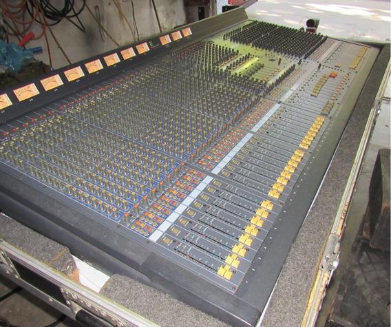 Mesa De Audio Yamaha M2500 Com Case