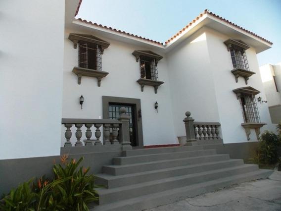 Vende Bella Casa Guataparo Country Club Cod.290371