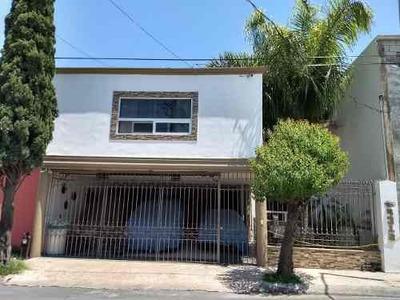 Casa En Venta Residencial La Hacienda Remodelada 4 Recamaras