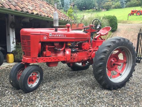Tractor Mc Cormick Farmall
