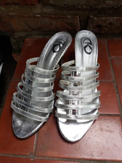 Sandalias Plateadas Talle 38