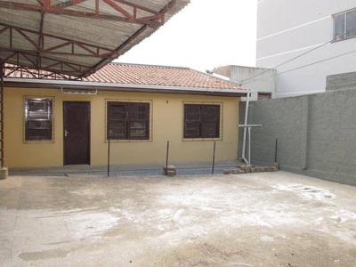 Residencia Próxima A Comércios E Escolas Em Colombo. - Ca0446