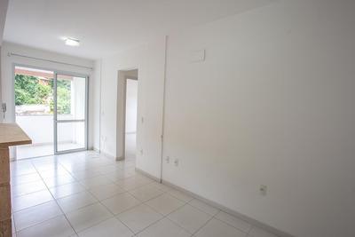 Apartamento De 1 Dormitório Na Carvoeira - 73234