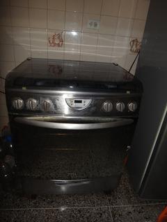 Cocina A Gas Marca Mabe De 5 Hornillas Con Horno