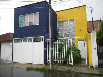 Casa En Venta En Morelia En Col. Adolfo López Mateos