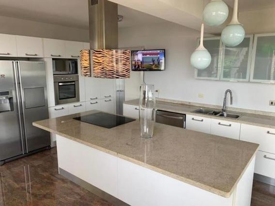 Apartamento En Venta El Parral Valencia Cod20-1360gz