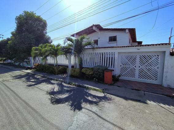 Casa Urb. Guaraguao Plc 6 Hab Aa