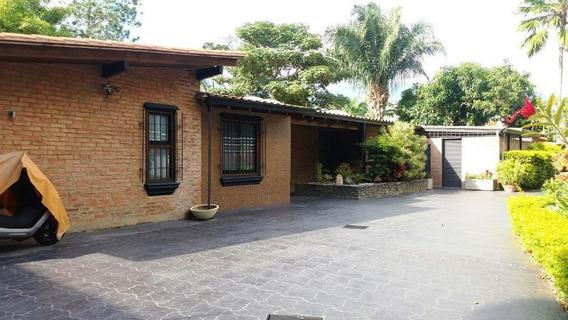 Casas En Venta Mls #20-21685