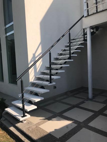 Escalera Recta Modena Metalica
