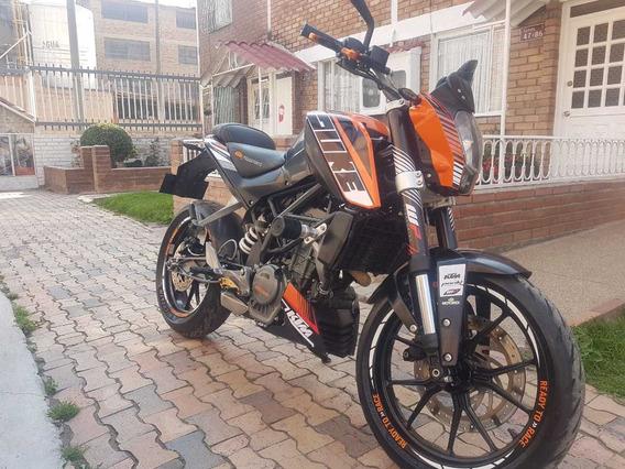 Moto Duke 200