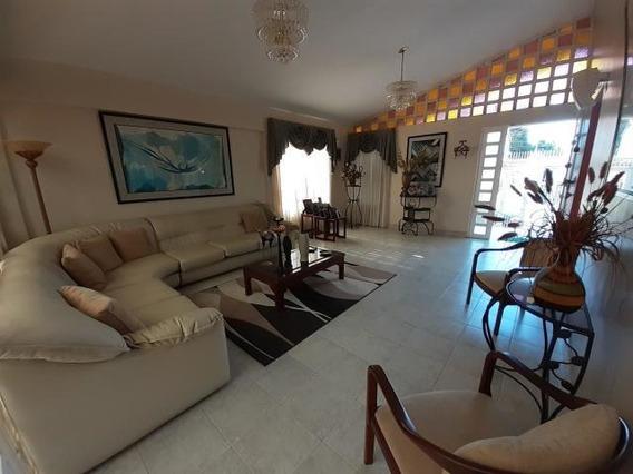 Casa En Venta Barquisimeto Este 20-3069 Jg