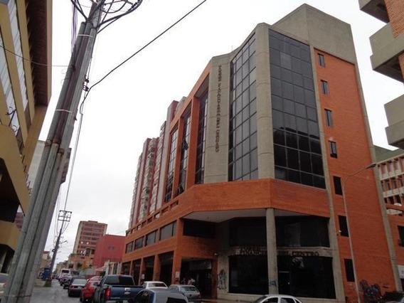 Oficina En Venta En El Centro De Barquisimeto Lara 20-2936