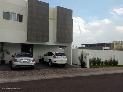 Casa En Renta En El Refugio, Queretaro, Rah-mx-19-1363