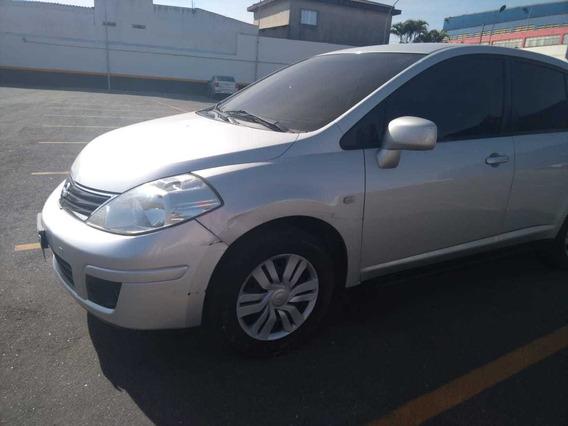 Nissan Tiida Sedan 1.8 Flex 4p
