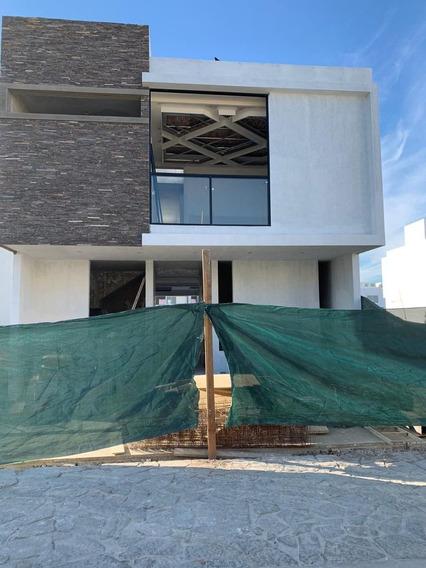 Casa En Pre Venta En Soare Ii, Coto 1, Solares, Zapopan, Jal