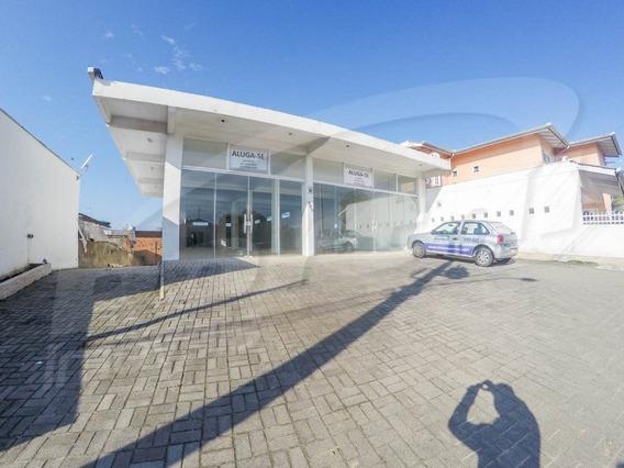 Ampla Sala Comercial, Em Ponto Estratégico Com Estacionamento Para 3 Carros - 3578719