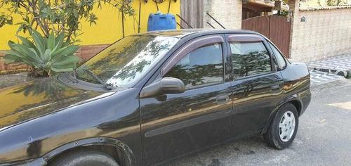 Imagem 1 de 7 de Chevrolet Corsa Classic 2006 1.0 Life 4p Gasolina