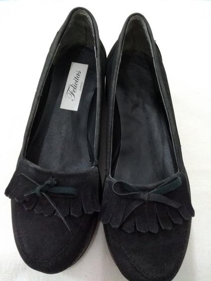 Zapatos Negros Tipo Mocasín