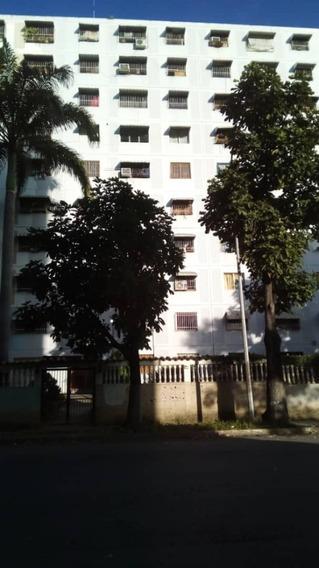 Apartamento En Venta La Estrella, Charallave-lb A8.5