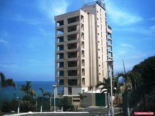 Playa Grande, Alquilo Apartamento, Calle Privada, 2h, 2b,1