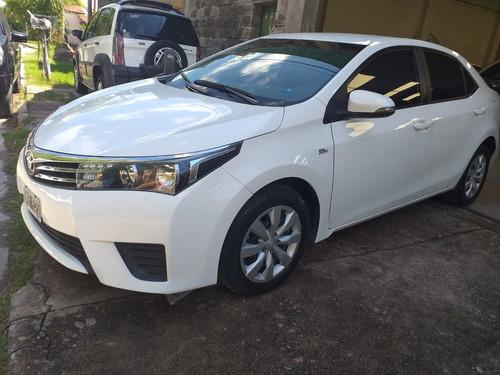 Toyota Corolla Xli  72 Mil Kms  2015