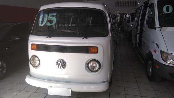 Volkswagen Kombi 9 Lugares 2005