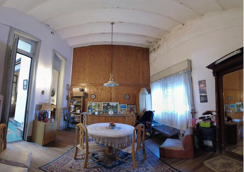 Venta Casa 3 Dormitorios, 2 Baños, 254m2 De Terreno