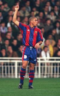 Camiseta Retro Barcelona Ronaldo 96/97