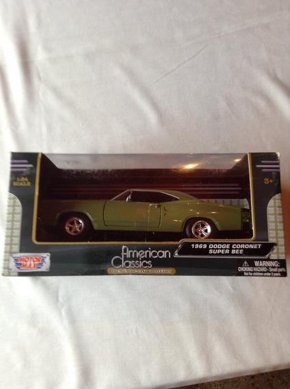 1/24 Dodge Coronet Super Bee 1969 Motor Max