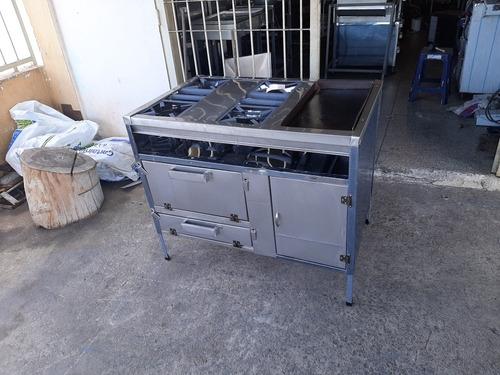 Cocina Industrial De 4 Hornilla Plancha Y Horno