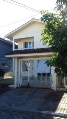 Casa Em Boa Vista Com 3 Dormitórios - Vr26574