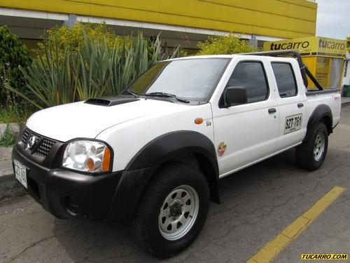 Nissan Frontier Doble Cabina 2.5 Diésel Mecánica 4x4