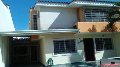 Townhouses En Venta 04128900222
