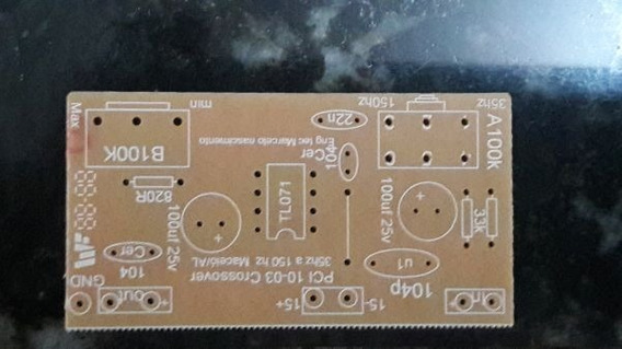 1 Placa Lisa Crossover Ativa. (woofer)50a 150htz